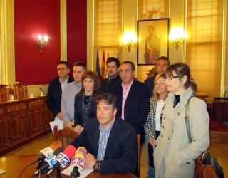 El concejal  Jesús Tébar contesta a las acusaciones de Ramón García sobre la vivienda construida