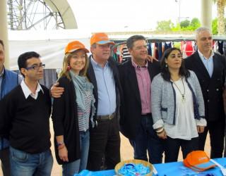Inmaculada López y Manuel Mínguez pidieron el voto para el PP en el mercadillo semanal