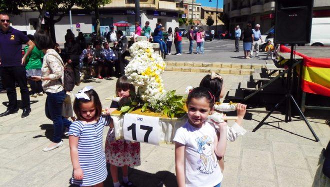El concurso de cruces y la Romería a la Cruz de la Langosta, actividades principales del Día de la Cruz