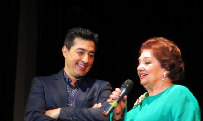 Homenaje de Dolores Abril en el Teatro Victoria / EDFH.
