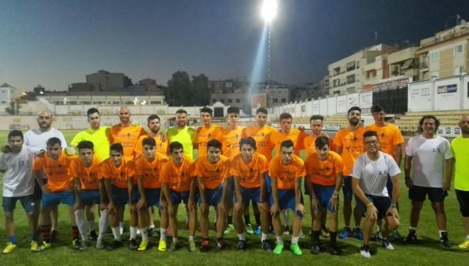 Primera sesión de entrenamiento del Hellín CF