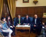 El consejero de Educación de la Junta de Comunidades, Ángel Felpeto visita la ciudad