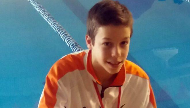 Javier Ibáñez consiguió dos medallas de bronce en natación