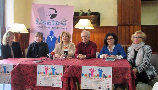 Charla coloquio organizada por la Asociación de Mujeres Empresarias de Hellín