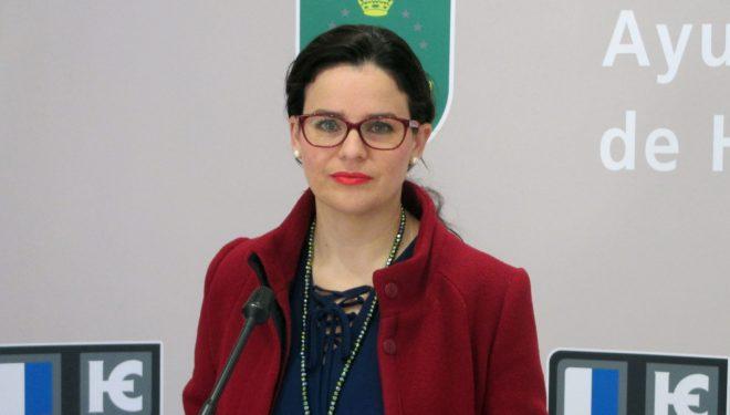 Beatriz Jiménez, en nombre del equipo municipal de gobierno, muestra la total adhesión a la huelga general de la Enseñanza