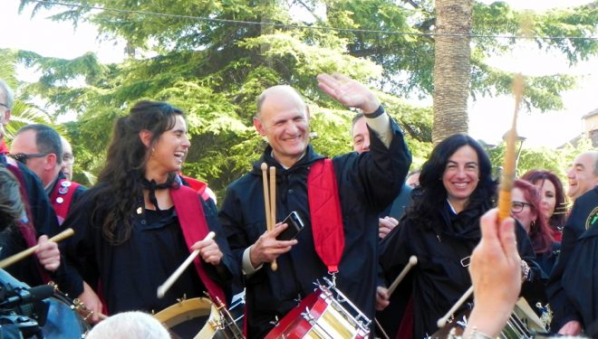 Juan Carlos Izpisúa Belmonte nombrado tamborilero del Año de la Tamborada de Hellín