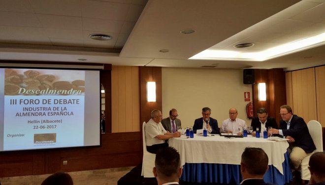 """III Foro de debate """"Industria de la Almendra Española"""""""