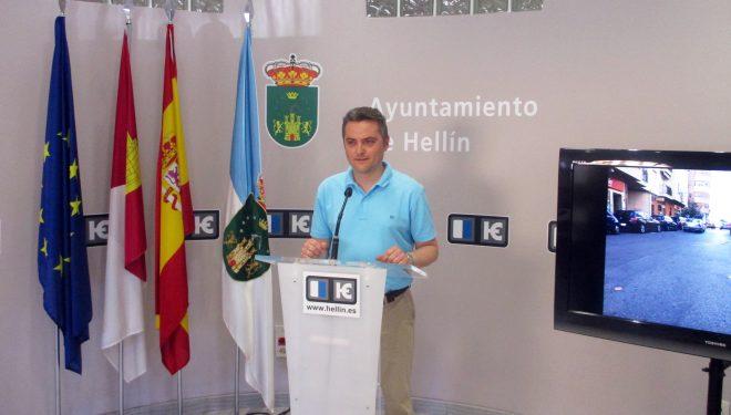 Amador Casado advierte al gobierno municipal del grave deterioro de las calles Fortunato Arias y Bálmes