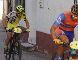 Alberto López segundo en La Vegallera