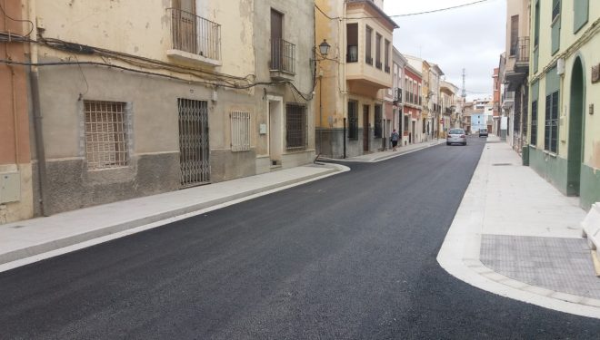 La calle De Eras, tras su remodelación, abierta al tráfico
