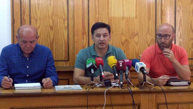La Unión de Pequeños Agricultores rechazan la apertura de los pozos de sequia de la zona de Mingogil