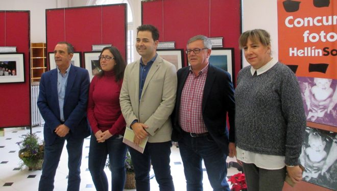 Inaugurada la exposición del Concurso de fotografía Hellín Solidario