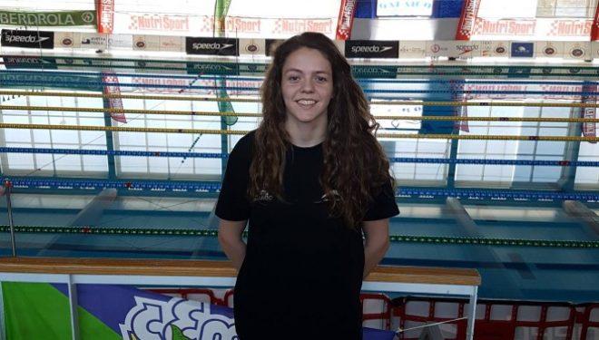 Nerea rozó la medalla de bronce en el Campeonato de Natación