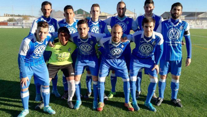 El Hellín, que tuvo el encuentro ganado, logró un importante empate en Tarazona