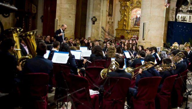 Intercambio musical entre la Sección Joven de la UMSC y la banda de la escuela de música de la Unión Musical Santa Cecilia de Tobarra