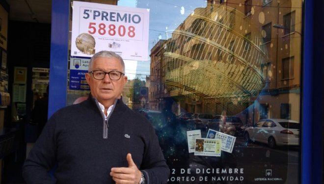La lotería de Navidad, como suele pasar, solo dejó en Hellín migajas