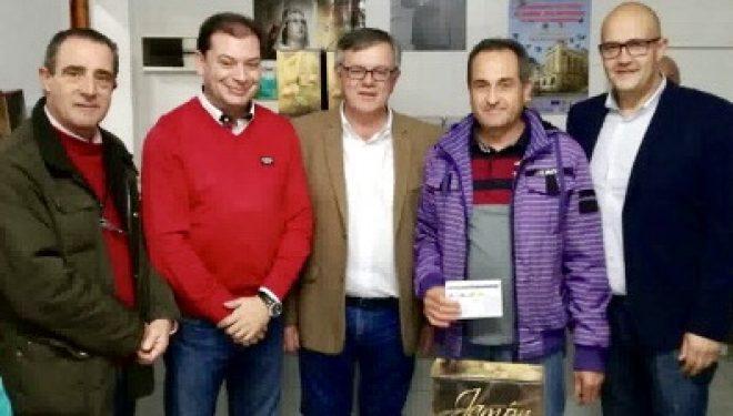 """El palomo deportivo """"Veneno"""" vencedor del Campeonato de Navidad de Palomos Deportivos"""