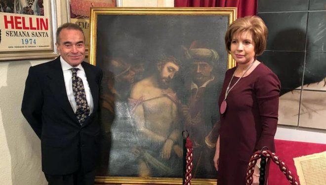 Amado Jiménez Precioso dona una pintura del siglo XVII a la cofradía del Ecce Homo