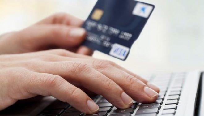 Las diferencias entre los microcréditos rápidos y las tarjetas de crédito