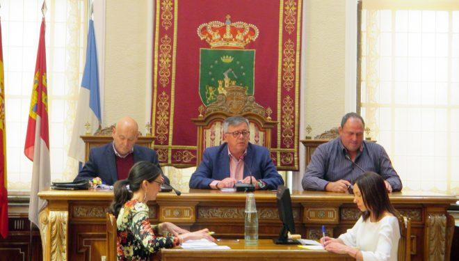 Aprobada la subida del agua para consumo en un 5,5 % con la oposición del Partido Popular