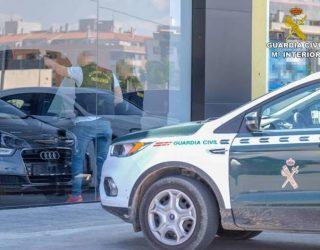 La Guardia Civil detiene en Villena a 4 personas por manipular cuentakilómetros de vehículos hasta en 100.000 kilómetros menos