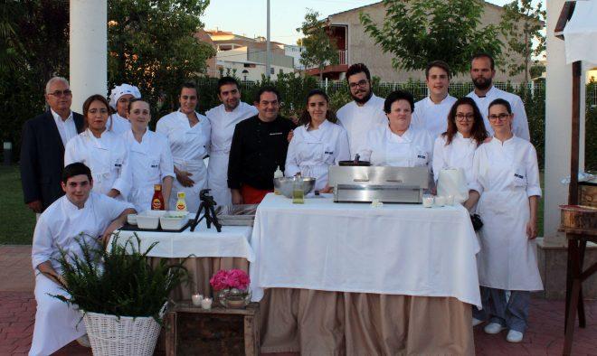 Autores de la tapa Milhoja de manzana con foei del Restaurante Emilio / EFDH.