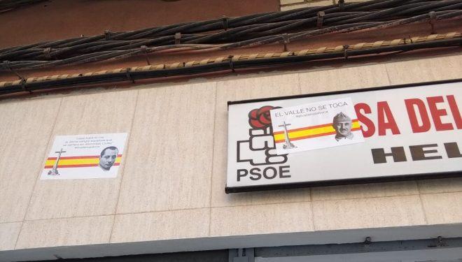 La Casa del Pueblo de Hellín aparece empapelada con carteles franquistas