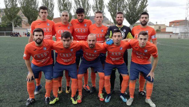 Nueva derrota del Hellín CF en un partido marcado por la intensa lluvia