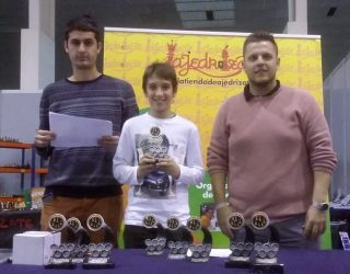 Brillante actuación de los hermanos Roldán Garcían en el torneo Sport Optium de Ajedrez