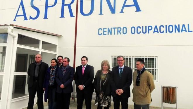 El presidente de la Diputación visita Asprona en Hellín