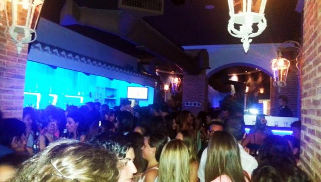 """Gran inauguración de la discoteca """"Manía"""""""