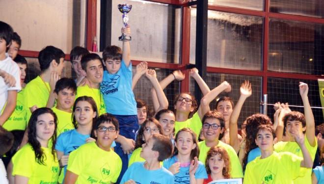 Gran actuación de los chavales hellineros en el Campeonato provincial de Natación