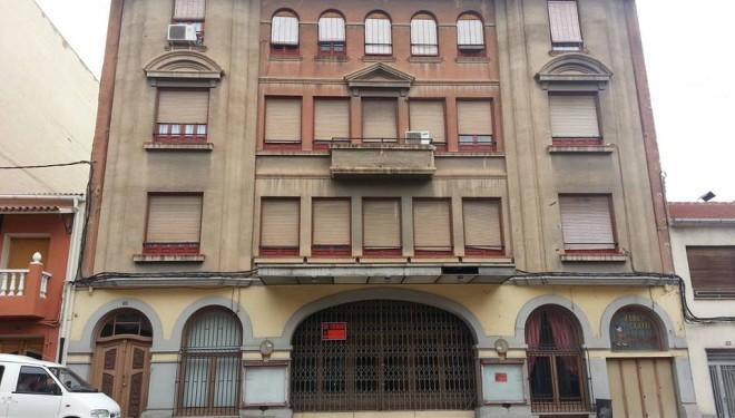 El Ayuntamiento dispuesto a negociar con los propietarios del Teatro Victoria