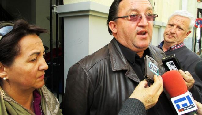 La familia Collados Muñoz mostraba sus dudas tras la reunión