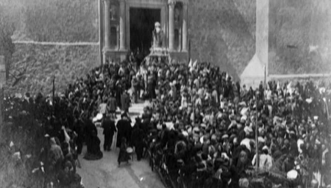 El problema entre los nazarenos tamborileros y la Iglesia en 1876