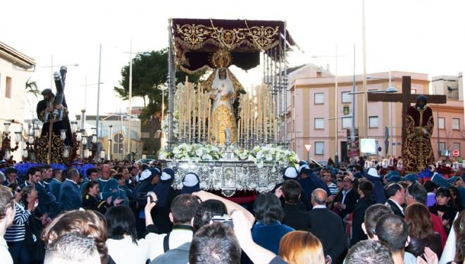 La Cofradía de la Virgen del Dolor estrena marcha procesional
