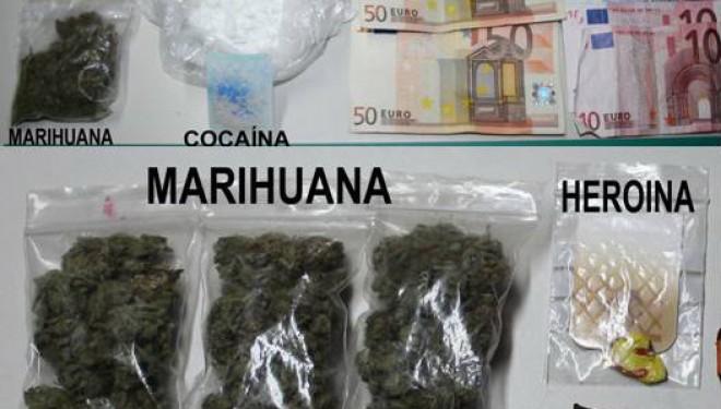 La Guardia Civil detiene un vecino de Ribera (A Coruña) con numerosas dosis de drogas