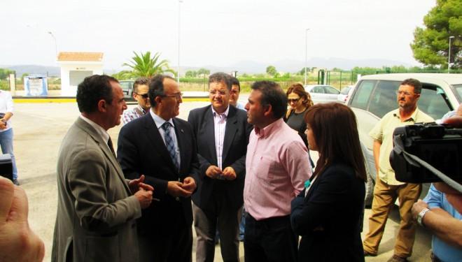 Visita de Federico Pozuelo a la Cooperativa Agrícola Santiago Apóstol de Isso