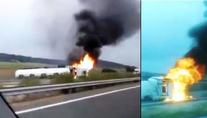 Espectacular incendio de un camión en la Autovía A-30