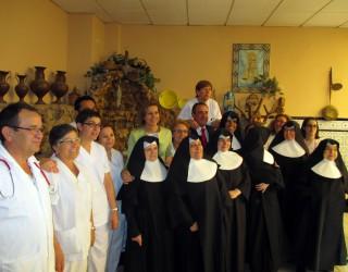 Cospedal visitó la Residencia de Mayores Santa Teresa de Jesús Jornet