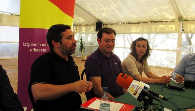 Javier Couso, candidato al Parlamente Europeo, atacó con dureza la política del PSOE en Europa