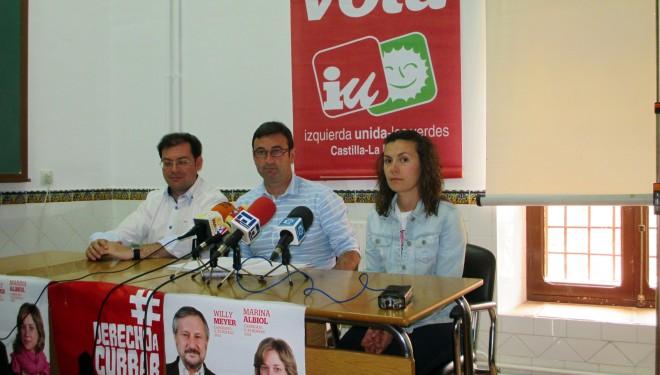 Daniel Martínez, coordinador de IU, calificó a María Dolores de Cospedal de antieuropea