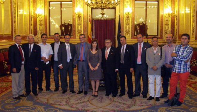 El Consorcio Nacional de los Pueblos del Tambor y el Bombo visita el Congreso de los Diputados