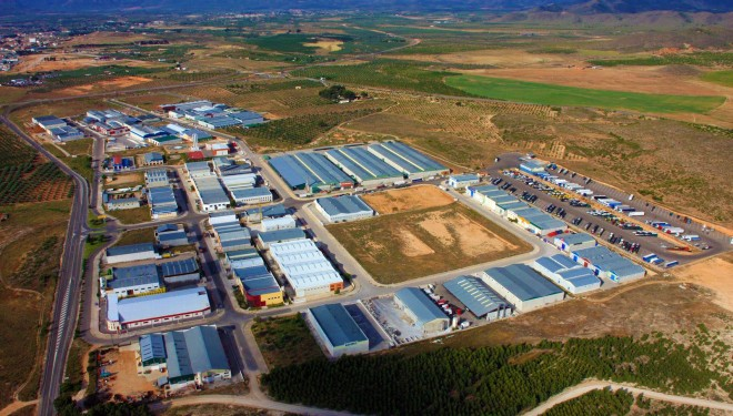 El Partido Popular denuncia el estado de abandono de los polígonos industriales