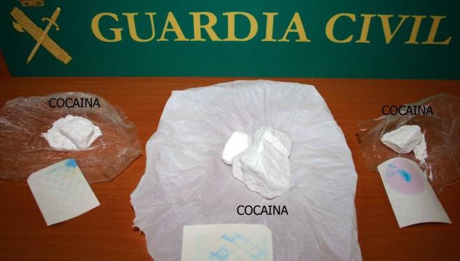 Efectivos de la Guardia Civil detienen en Tobarra a dos individuos por tráfico de drogas