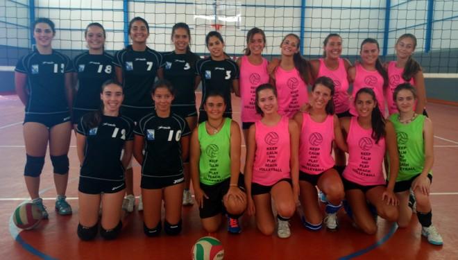 Las cubanas y jugadoras de élite al torneo de voleibol hellinero