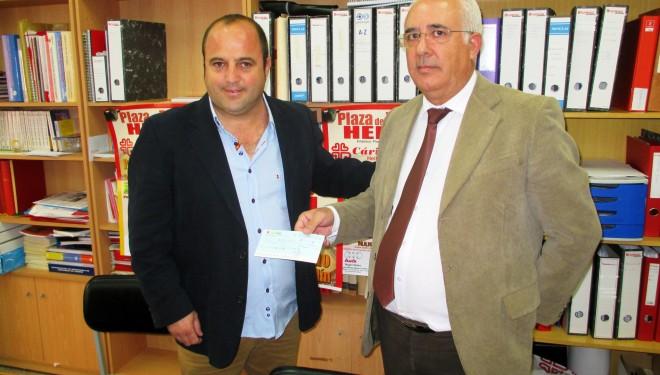 El empresario Antonio Soler entrega a Cáritas 2.753 euros