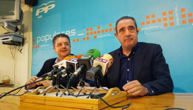 Los castellanos manchegos conformes con la reducción de políticos en la región