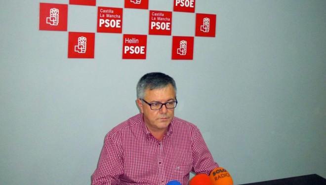 Ramón García presenta su candidatura a las primarias