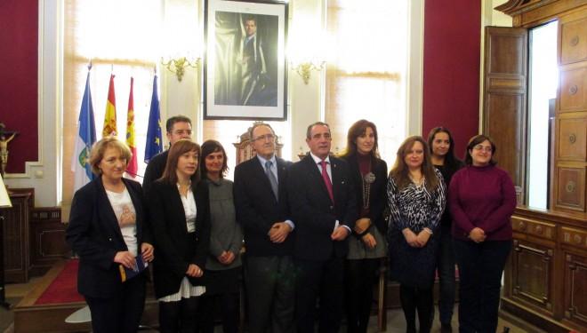 """Presentación del programa """"Clara"""" en el Ayuntamiento de la ciudad"""